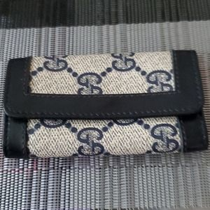 Gucci 4 Key Case holder, FIRM PRICE